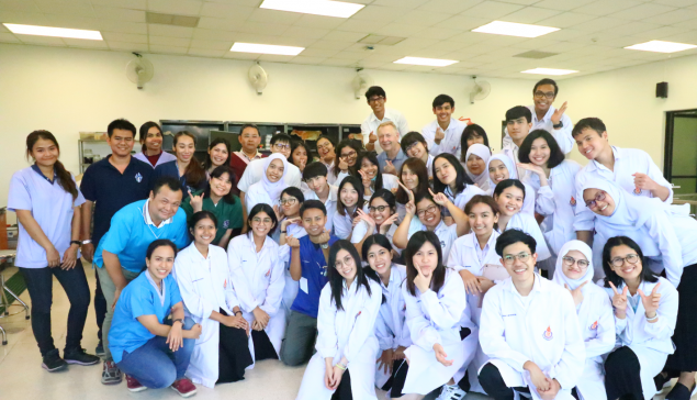 Guest lecturer on companion animal orthopedics and surgery